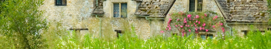 Cotswold cottage with roses